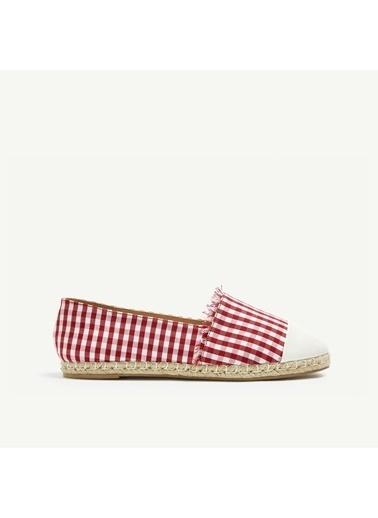 Yargıcı Ayakkabı Kırmızı